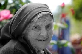 biz-old lady smile